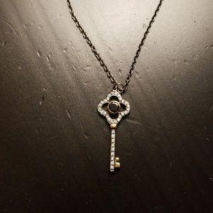 Stella & Dot Key Necklace
